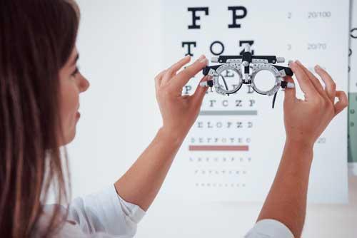 Tratamiento de la diplopía con lentes correctivos